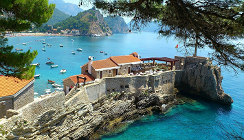 Car hire in Petrovac